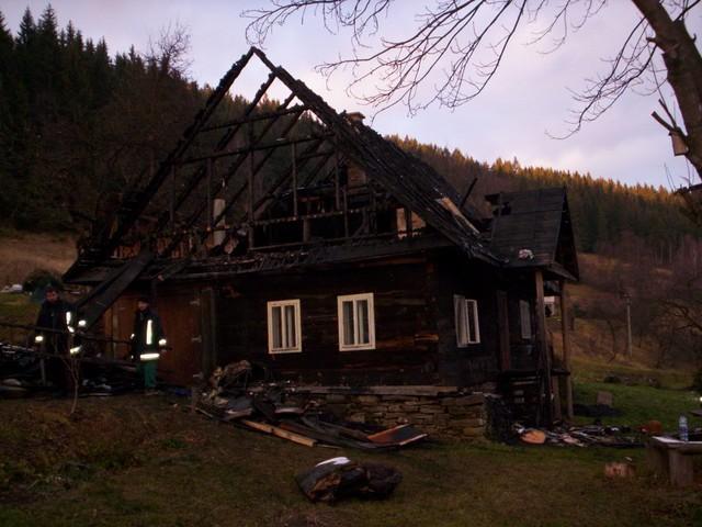 Pozeráš obrázky z galérie: Požiar - Komaniková