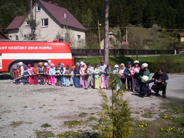 Pozeráš obrázky z galérie: Škôlka 2007